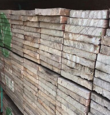 Hardhout ruw 20x150  250cm