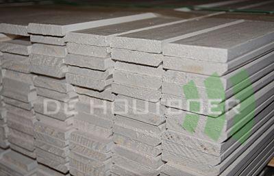 Grenen plint O/S gegrond afm 12x45mm lengte 490cm