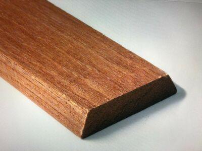 Meranti koplat-architraaf volhout 13x68mm 305cm
